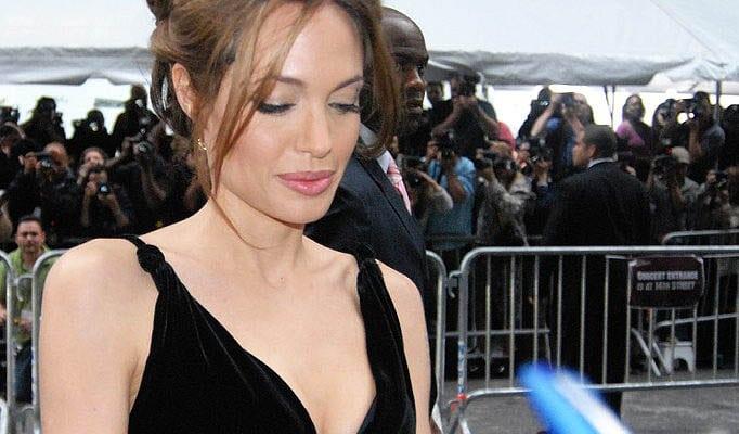Angelina Jolie se viste de mercadillo. Aunque no te lo creas.