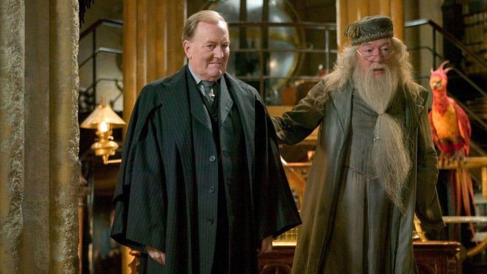 cornelious fudge. Actores de la saga de Harry Potter fallecidos en la vida real