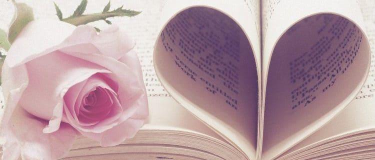 libro en san valentín con rosa flor. Horóscopo para Febrero de 2021: todos los signos